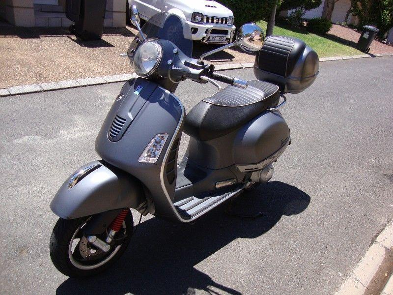 2011 Vespa GTS 300ie Super Sport - Only 25,000 Kms - Top Spec - Choice of 2 !!!!!!!!