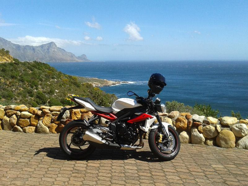 2013 Triumph Street Triple 675 R - LOW KILOMETERS