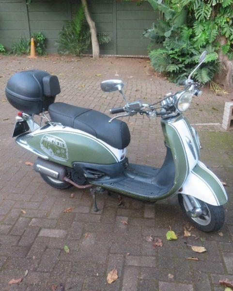 2011 Gomoto Yesterday S1, 150cc scooter, great little runabout, economical and reliable
