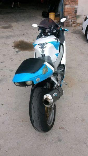 Honda fire blade