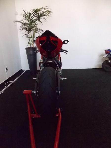2015 Ducati Panigale 899 with only 2657 KM !!!