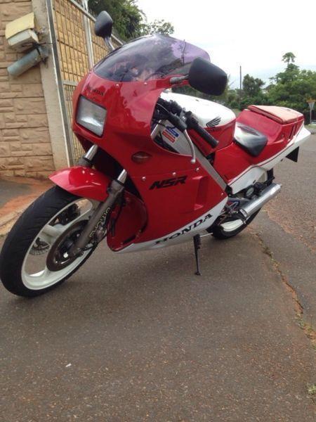 Honda nsr 250 mc16