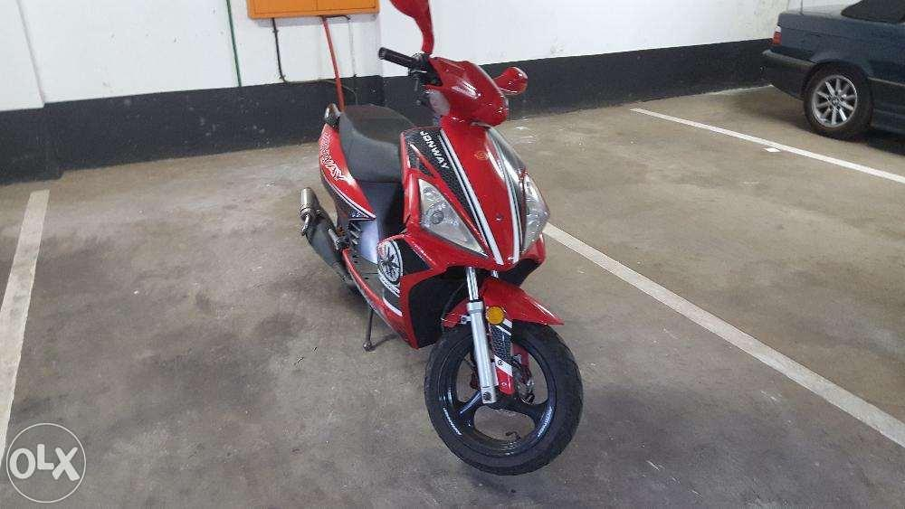 2012 Jonway Scooter 15000