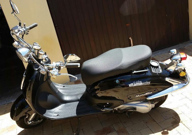 2013 Motomia Scooter 150cc (black)