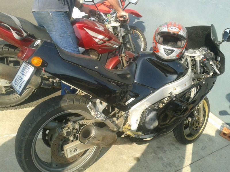 Yamaha fzr1000 20valve