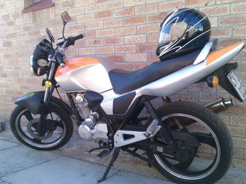 Rm200 sport motorcycle great bike