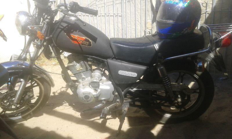 Suzuki gn 250cc motorcycle