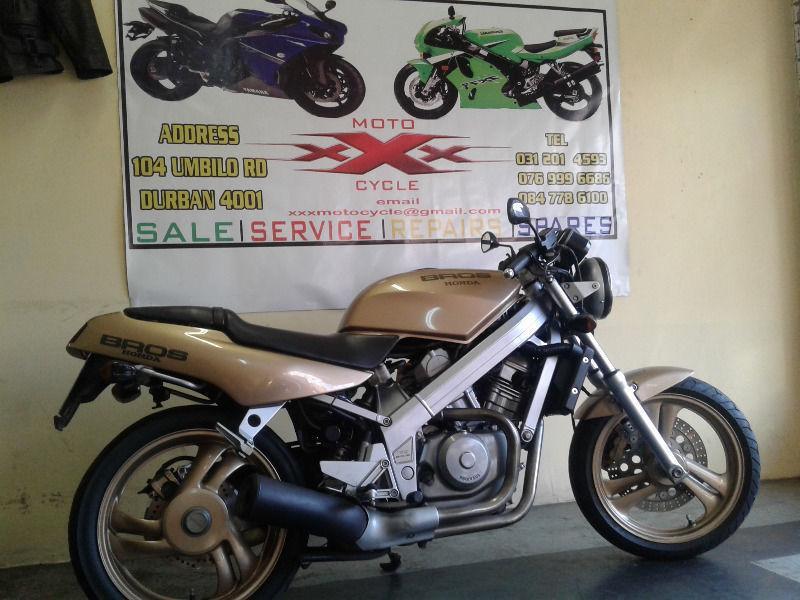 Honda BrOS 400cc xxx moto cycle