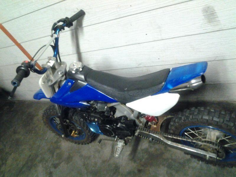 Loncin 125cc pit bike