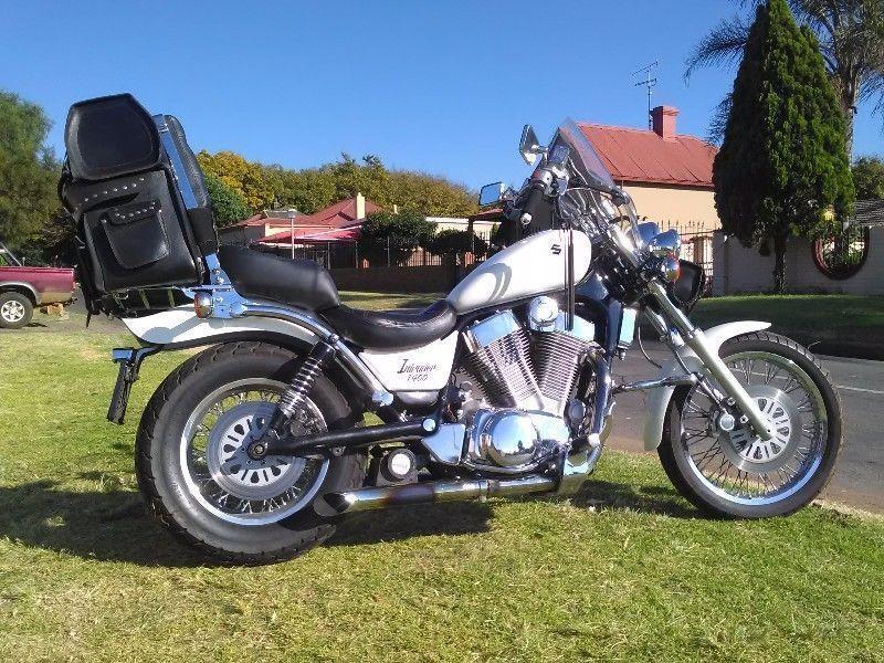 Suzuki Intruder 1400 - Brick7 Motorcycle