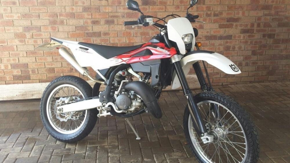 Mint 2013 Husqvarna WR125 for sale or to trade for a Husqvarna TC85
