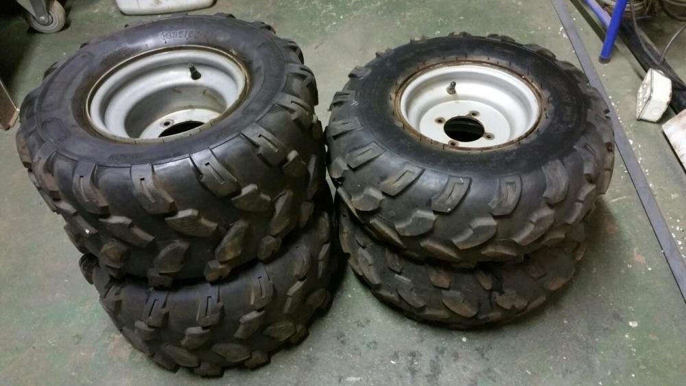Quad bike rims & tyres