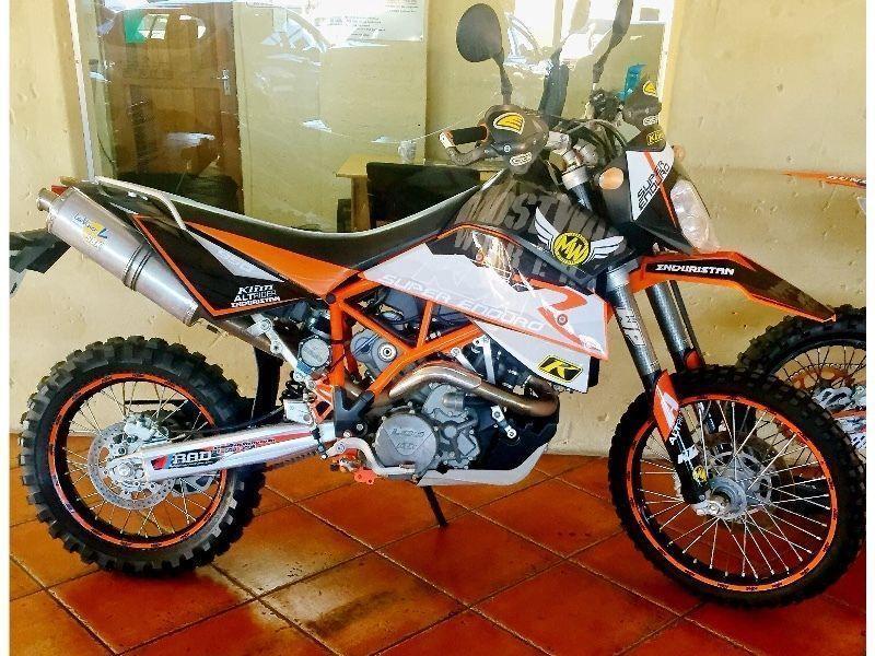 Ktm 950 Super Enduro R - Brick7 Motorcycle