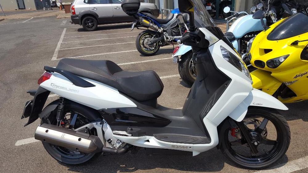 Sym Citycom 300 Maxi-Scooter - 2015 Model