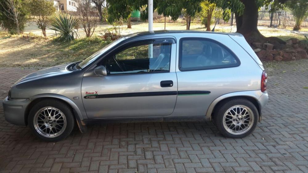 Opel corsa 2002 model 1600gsi