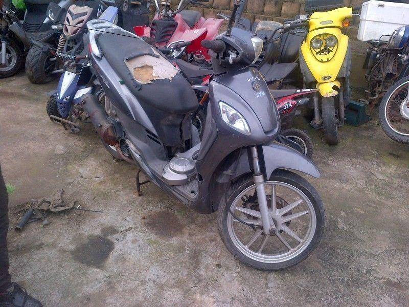 SYM 125cc scooter R4500/suzuki 800 cruiser R8000/200cc man quad R3000