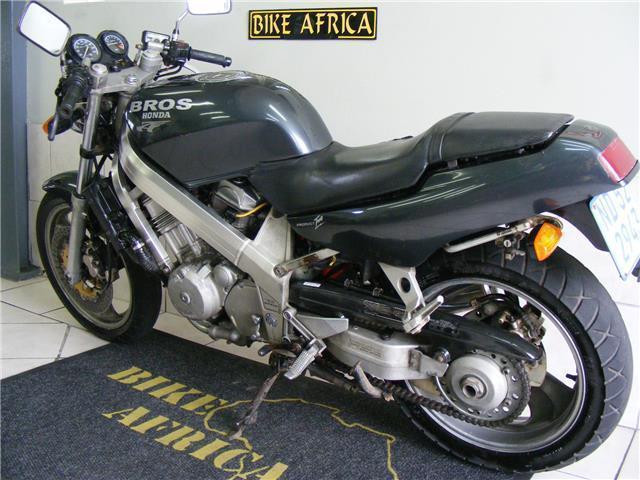 2003 Honda Bros 400