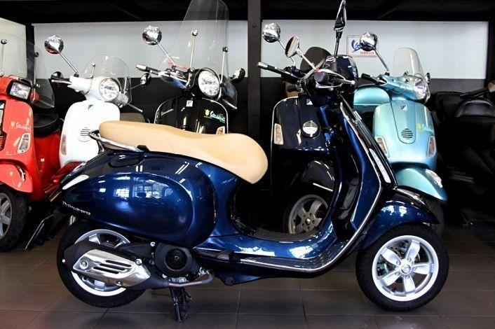 BRAND NEW VESPA PRIMAVERA 125 MIDNIGHT BLUE FOR ONLY R75 000!!!