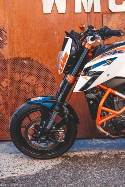 2014 KTM DUKE 690 R