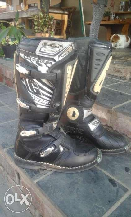 Gearne offroad boots size 7