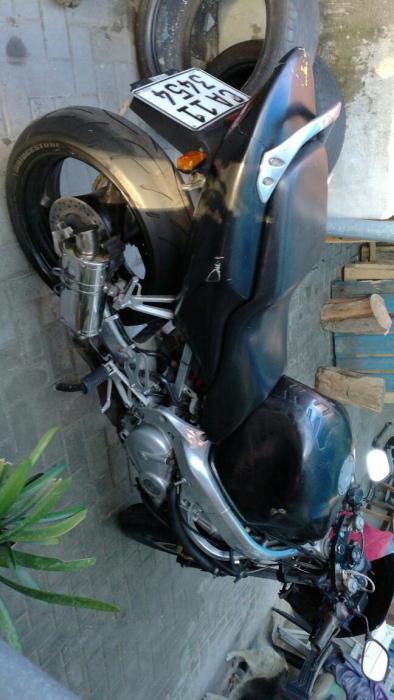 Honda cbr600 f4 urgent sale
