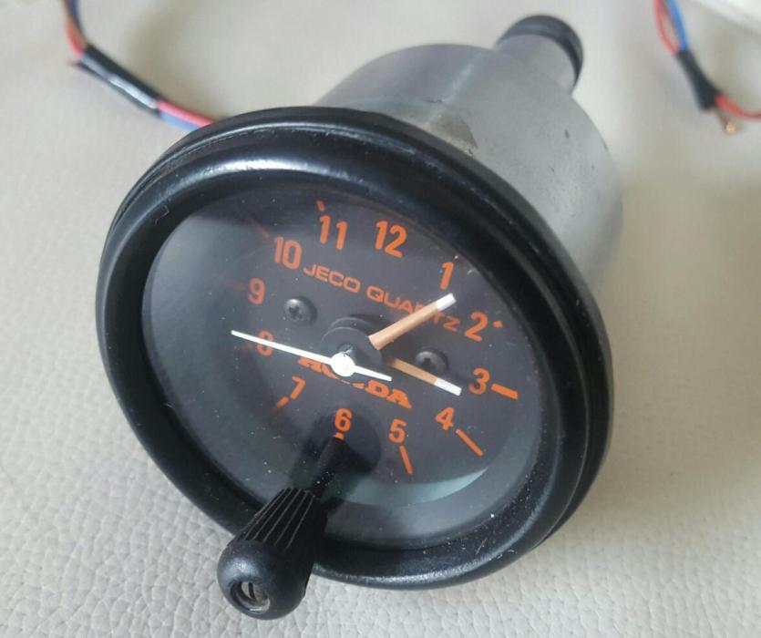 Honda 2 x Clock- R700 per clock