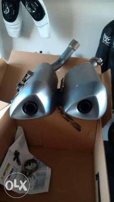 R1 exhausts