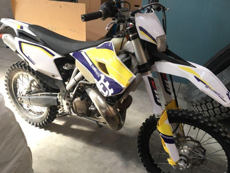 2014 Husqvarna 300 TE - 2T Enduro with electric start