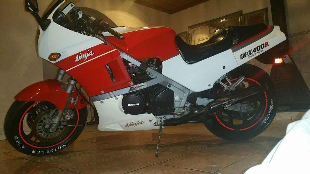 Kawasaki gpz400r for sale