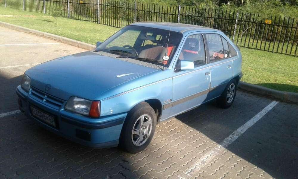 Opel gse 1.6. Cd player