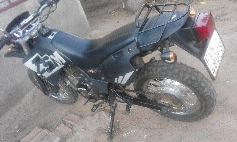Anyone interested i am swop my zongshen 200cc offroad motorbike 2012 model 65000km