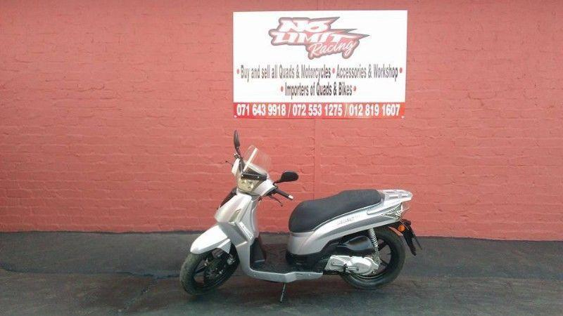 KYMCO 200cc SCOOTER