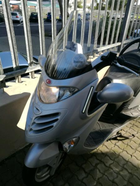 Kymco Grand Dink Scooter