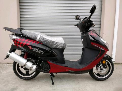 Zest 150cc. Scooter. New