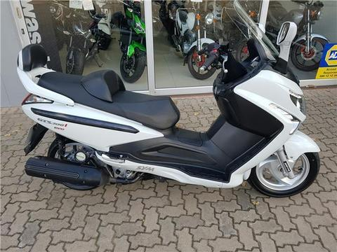 Sym scooter 300 GTS