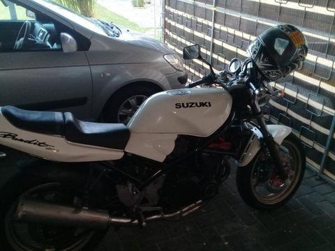 1999 Suzuki Bandit 400 swap
