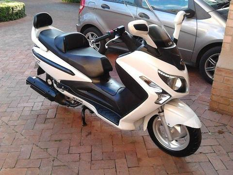 2012 sym 300 gts scooter
