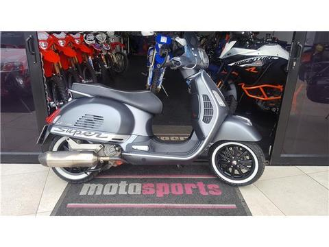 2011 Vespa Gts 300IE Super