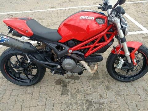 2014 Ducati Monster 796 ABS / Carbon Termignoni Pipes