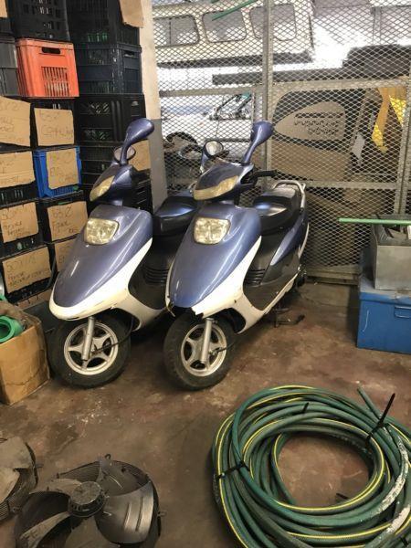 Scooter conti 125 cc