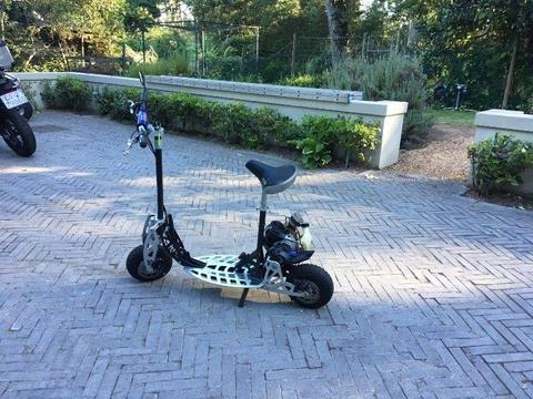 Petrol 2 Stroke Scooter Goped
