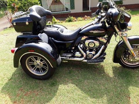 2010 Harley-Davidson Touring Tr-Glide (based on the Street Glide)