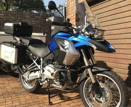 2012 BMW GS 1200 (13 000km & Super Clean!)