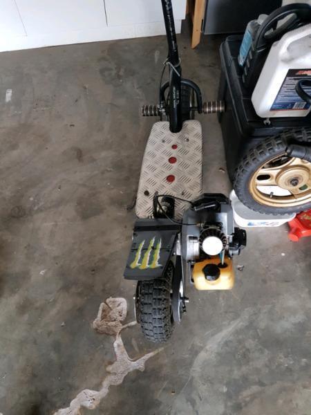 Tornado Gas Scooter