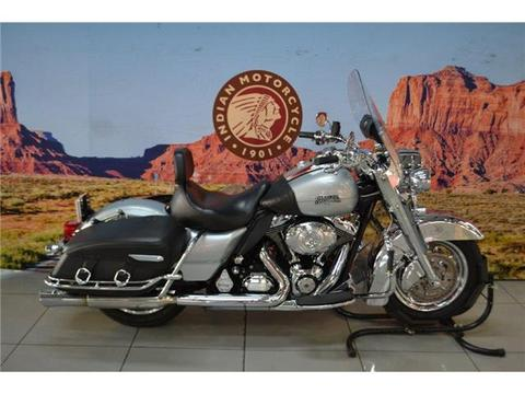 2011 Harley Davidson Road King Classic, Silver finished with a Black Seat, 46900Km
