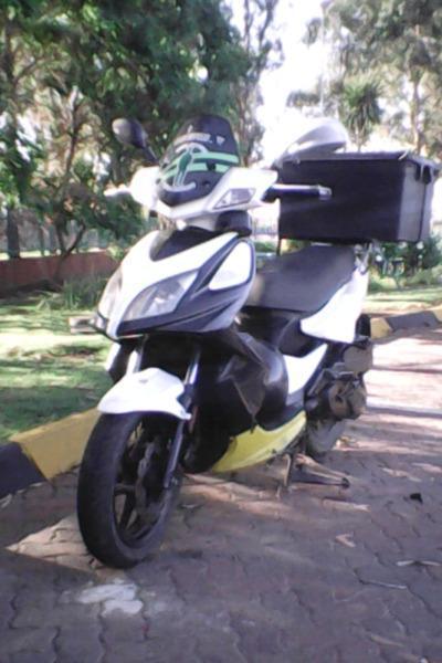 125cc kymco scooter urgent