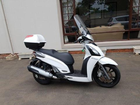 2016 Kymco 300 GTi - Automatic Scooter